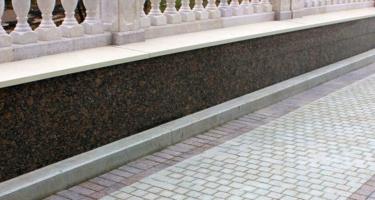 Гранитная брусчатка – особенность, свойства, технология мощения
